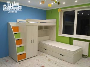Детская комната стеллажи полки двух-ярусная кровать шкаф