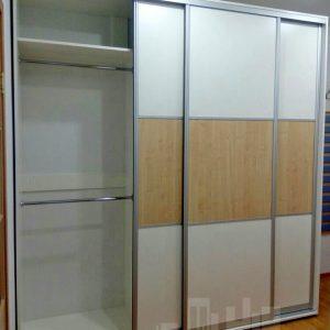 Трех секционный шкаф-купе