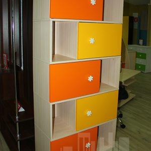 Оранжевая с желтым детская мебель Калининград Стеллаж