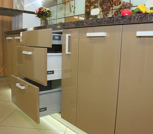 Купить Кухни на заказ в Калининграде фото