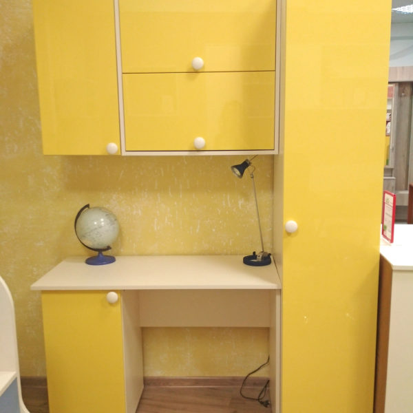 Детская мебель Калининград Мебель на заказ в Калининграде Письменный стол Калининград