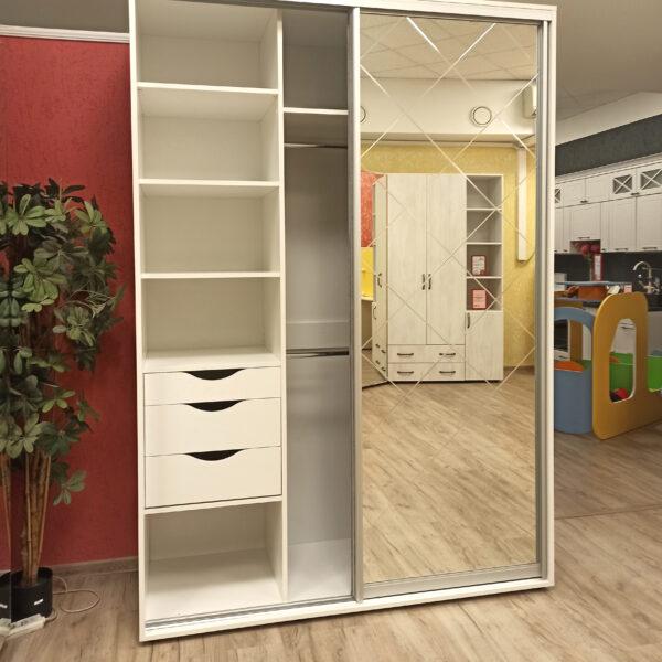 Шкафы-купе Калининград с гравировкой