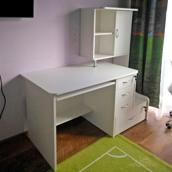 Компьютерный стол в детскую компьютерный стол Калининград Письменный стол Калининград