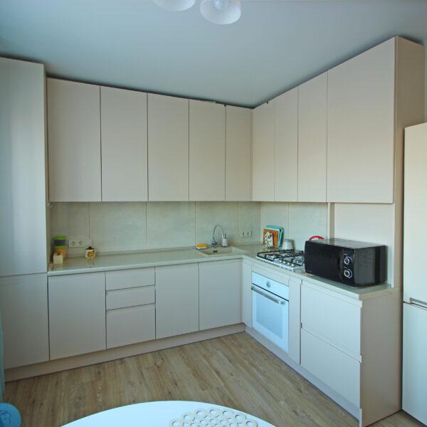 Кухня с интегрированными ручками Кухни Калининград Купить кухню в Калининграде