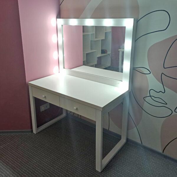 Мебель в салон красоты Офисная мебель Торговое оборудование