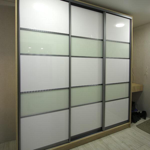 Стильный шкаф в прихожую Шкафы купе Калининград Купить шкаф