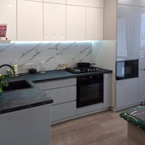 Кухня серый глянец кухни Калининград Кухни на заказ в Калининграде Купить кухню
