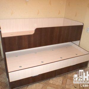 Мебель для детской комнаты: двух-ярусная кровать выдвижная