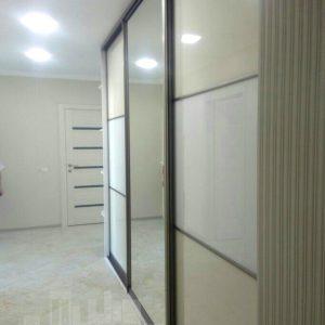 Гардеробная система Linea с дверьми-купе