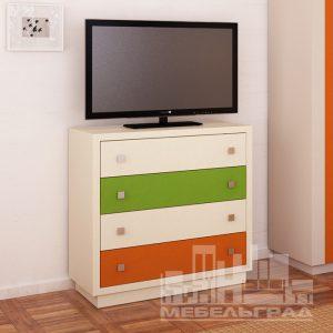 Яркий трехцветный комод для детской комнаты